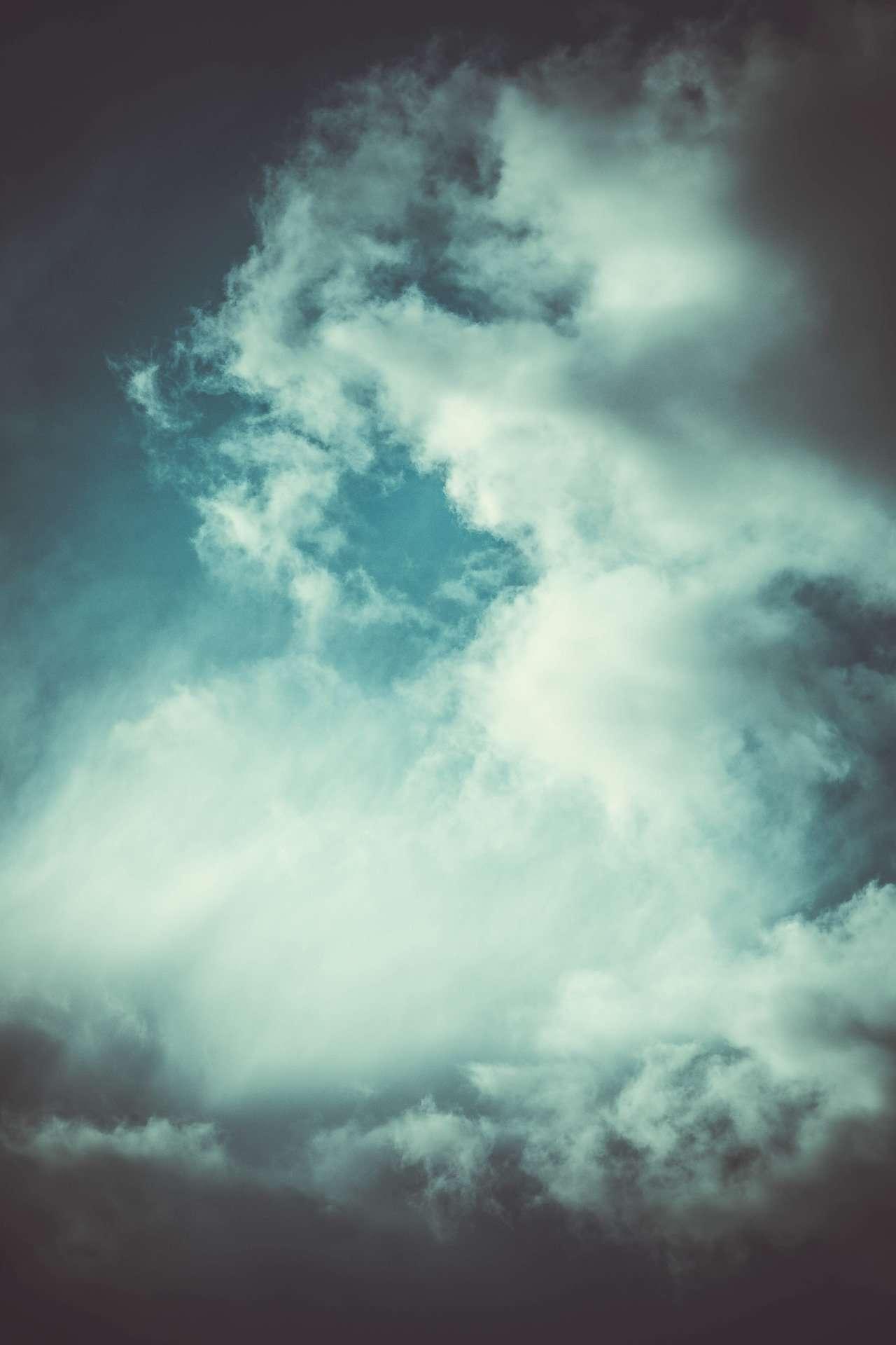 El viento y las nubes comen pasteles de sésamo