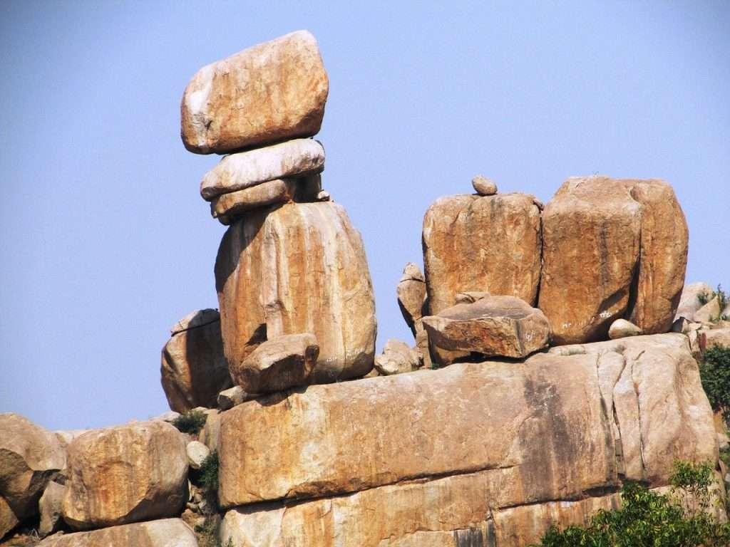 La firme roca en la puerta · Eihei Kōroku