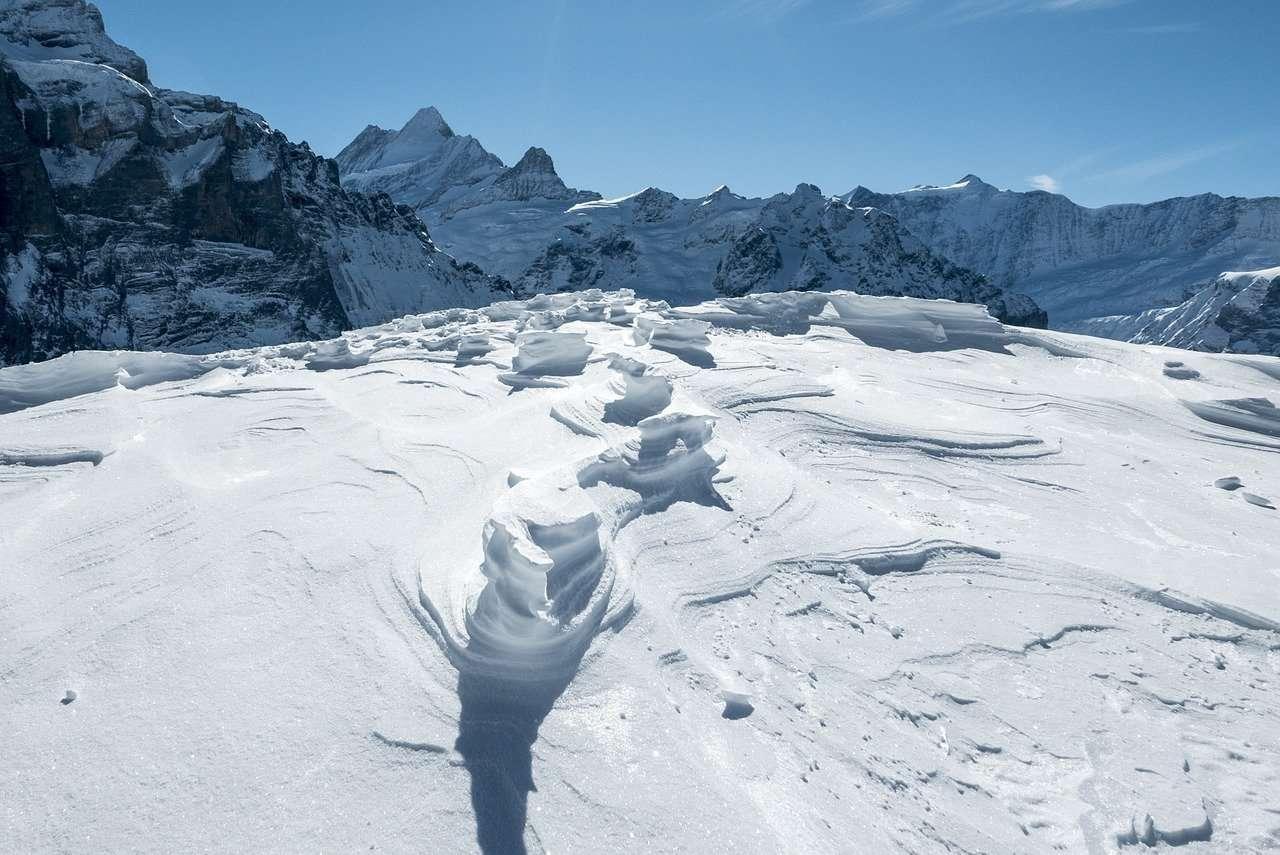 La visión justa de la nieve profunda