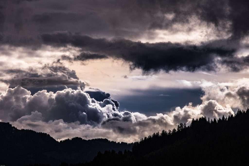 Un llamamiento atemporal a los Budas y Bodhisattvas para despejar los cielos · Eihei Kōroku